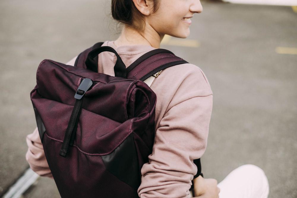 Aevor — Rolltop — batoh recyklovaný z PET — vínový, bordó — sustainable