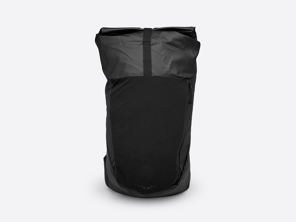 The North Face — Peckham — černý roll-top batoh — městský — outdoor — nepromokavý — waterproof backpack — black