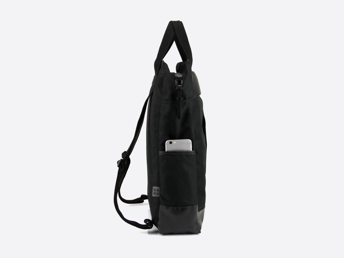 We Are Able — Kreuzberg Black — batoh — nepromokavý — boční pohled