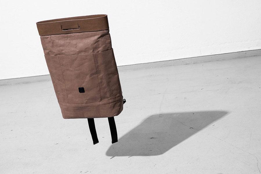 Ucon Acrobatics — hnědý batoh z celulózy — Karlo Backpack — nepromokavý — série Paper