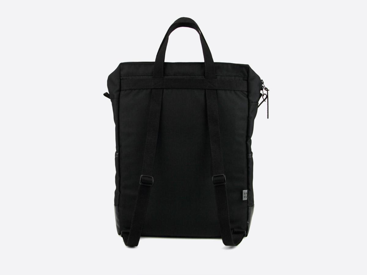 We Are Able — Kreuzberg Black — batoh — nepromokavý — zadní pohled