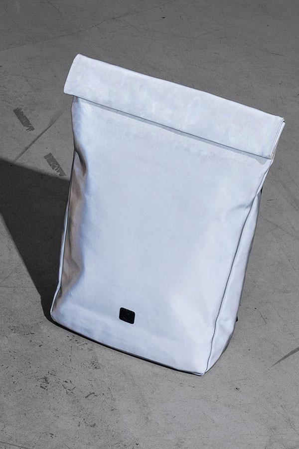 Ucon Acrobatics — stříbrný reflexní batoh — Alan Backpack — nepromokavý — série Satellite