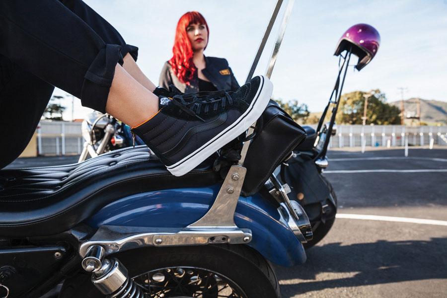 Vans Boom Boom Collection — dámské kotníkové boty — SK8-Hi Slim Zip — černé