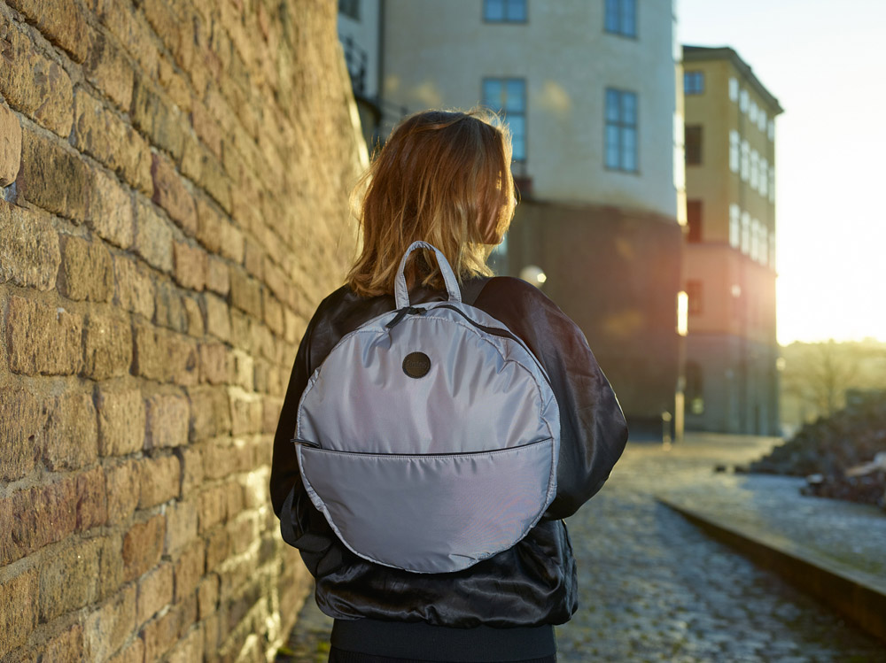 Enter — Circular Tote — kulatý městský batoh — šedý