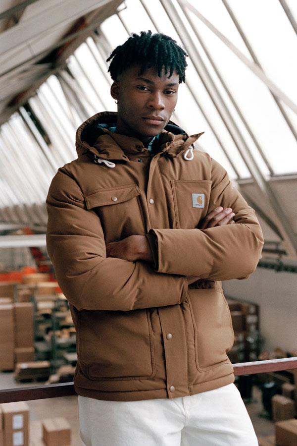 Carhartt WIP kratší zimní bunda s kapucí — hnědá — panská — podzim/zima 2017