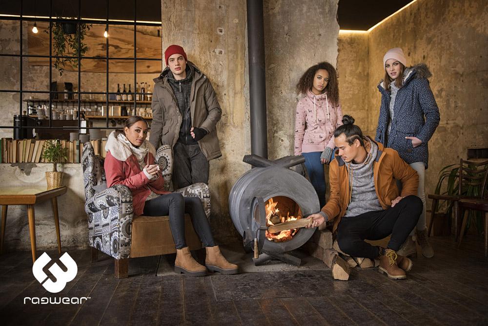 Ragwear — zimní bundy s kapucí — mikiny s kapucí — parky — dámské — pánské — women's and men's winter jakckets and sweatshirts — podzim/zima 2017
