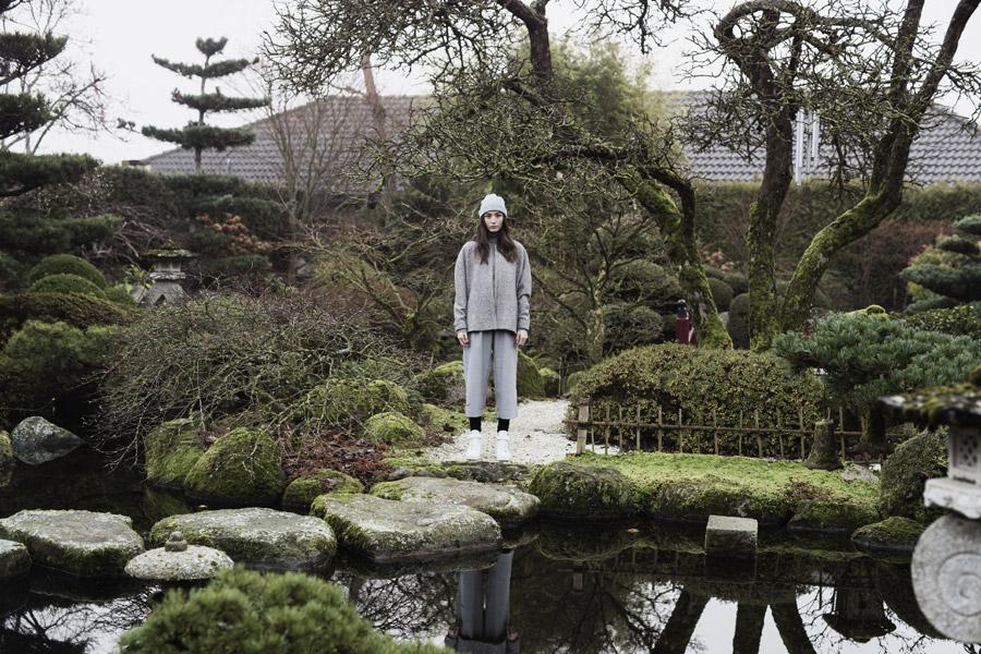 Selfhood — dámská podzimní bunda bez kapuce — šedá, melírová — women's light grey winter jacket
