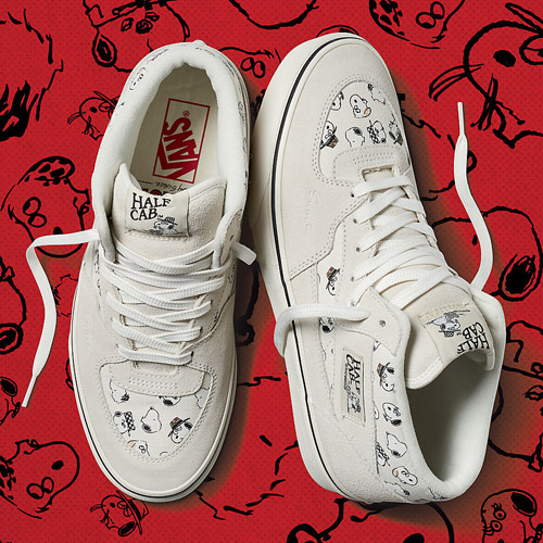 Vans x Peanuts — Half Cab — krémové kotníkové boty — tenisky — sneakers — Snoopy