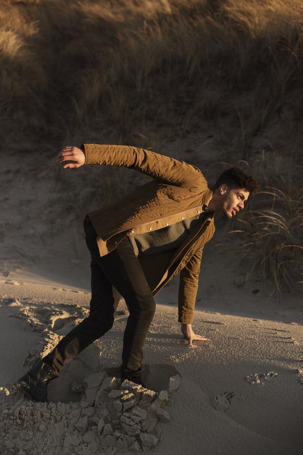 RVLT — pánská hnědá bunda — černé kalhoty — men's fall brown jakcet, black skinny fit pants — Revolution