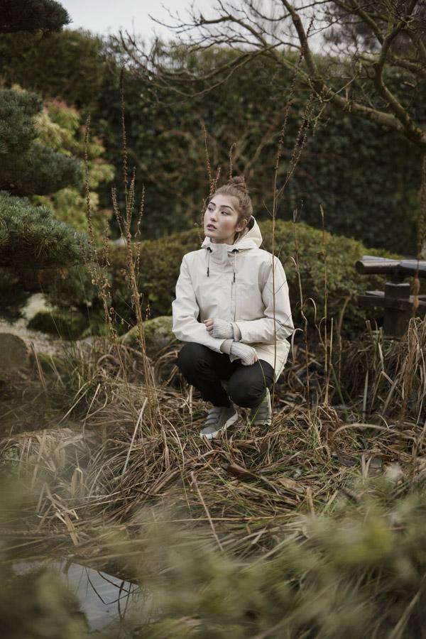 Selfhood — dámská parka s kapucí — dlouhá zimní bunda — smetanově bílá — podzimní/zimní — women's white winter jacket, parka