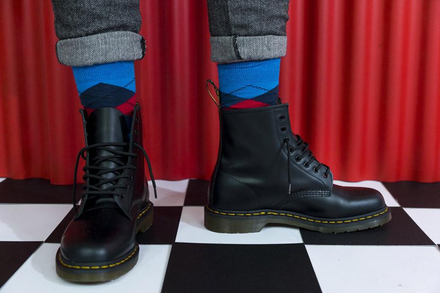 Freshlabels — Surreal — lookbook — podzim/zima 2017 — vysoké pánské černé boty Dr. Martens 1460