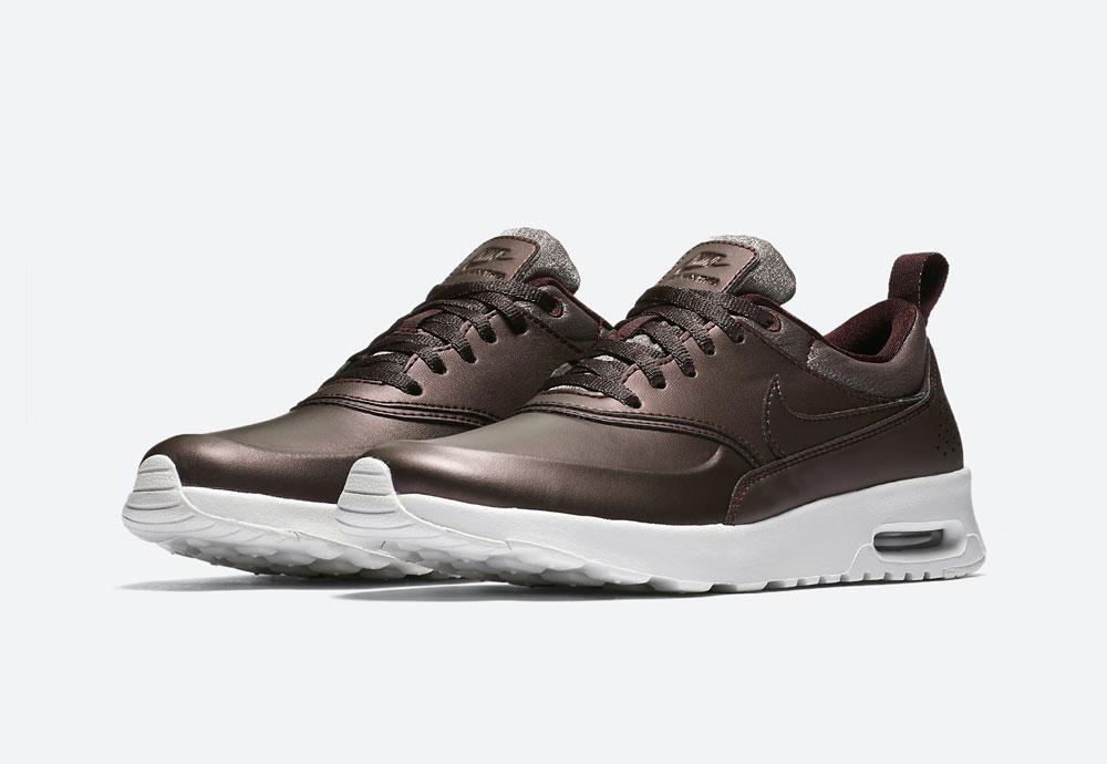 Nike Air Max Thea Premium Metallic — dámské tenisky — boty — metalické — mahagonové, tmavě hnědé — women's metallic field sneakers