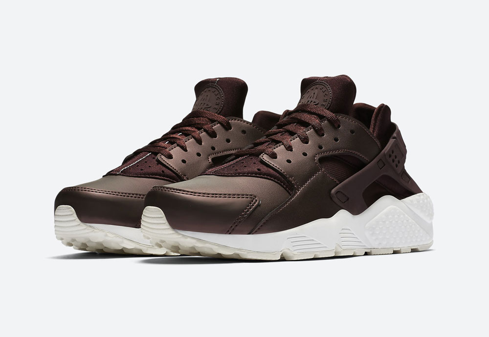 Nike Air Huarache Premium Metallic — dámské tenisky — boty — metalické — mahagonové, tmavě hnědé — women's metallic field sneakers