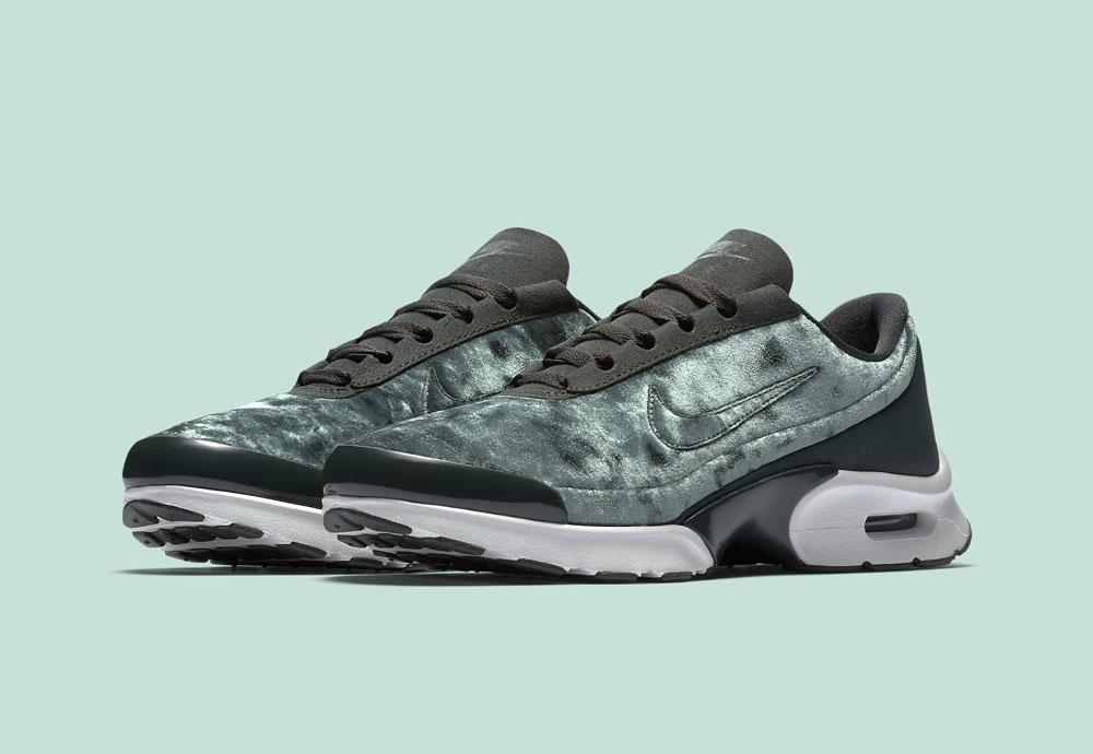 Nike Air Max Jewell Premium Velvet — dámské tenisky — boty — sametové, plyšové — zelené — green women's sneakers, velvet shoes