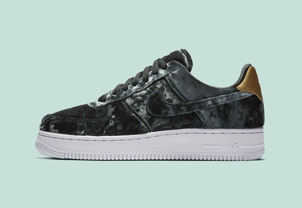Nike Air Force 1 '07 Low Velvet — dámské boty — tenisky — sametové, plyšové — zelené — green women's sneakers, velvet shoes