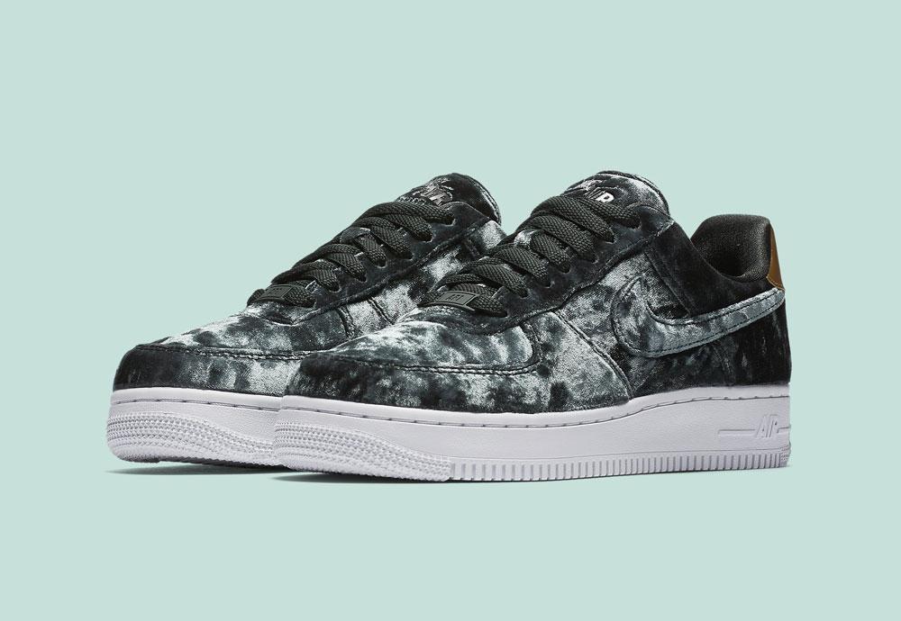 Nike Air Force 1 '07 Low Velvet — dámské tenisky — boty — sametové, plyšové — zelené — green women's sneakers, velvet shoes