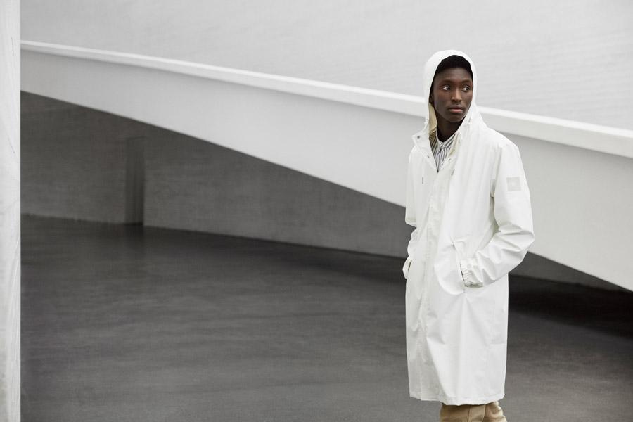 Makia — pánský jarní plášť s kapucí — bílý — jaro 2018 — pánské oblečení