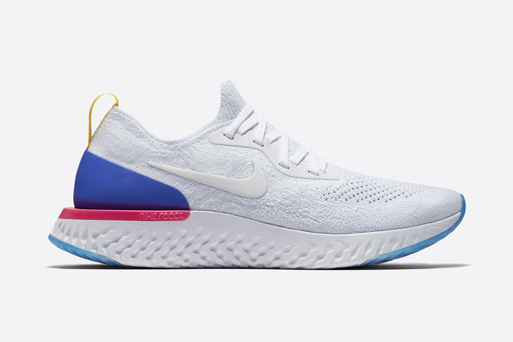 Nike Epic React Flyknit — bílé boty — tenisky — sneakers