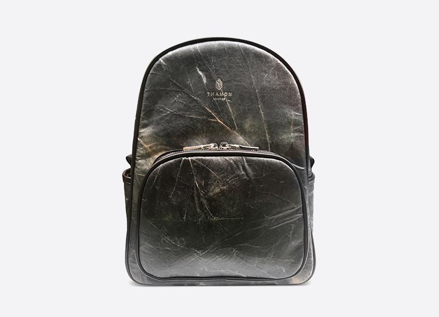 Thamon London — batoh z listů — černý — veganský — black vegan leaf backpack — fashion