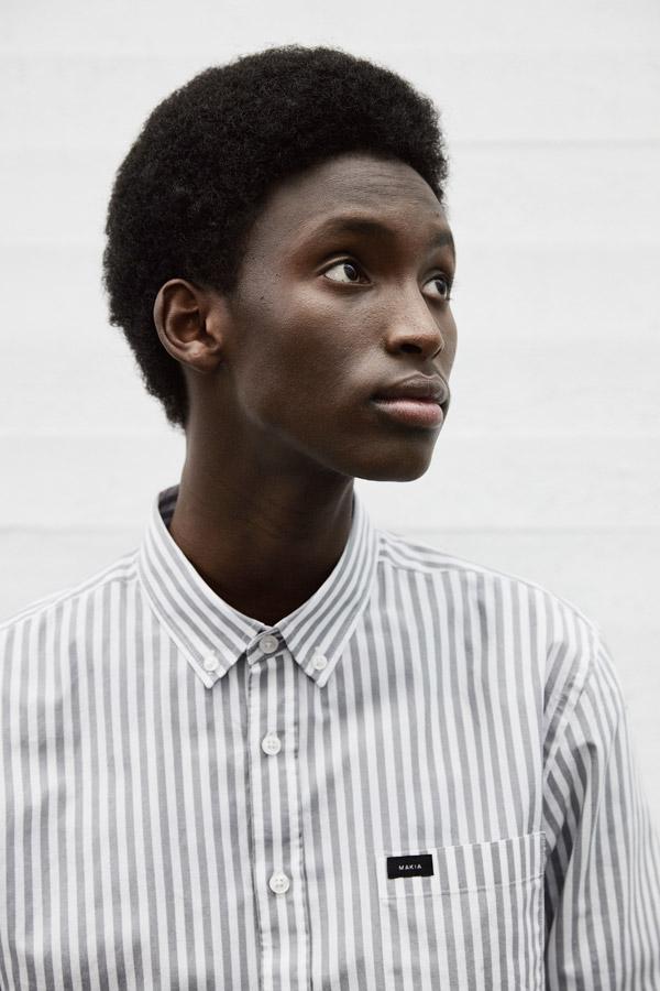 Makia — pánská bílo šedá košile s proužky — jaro 2018 — pánské oblečení