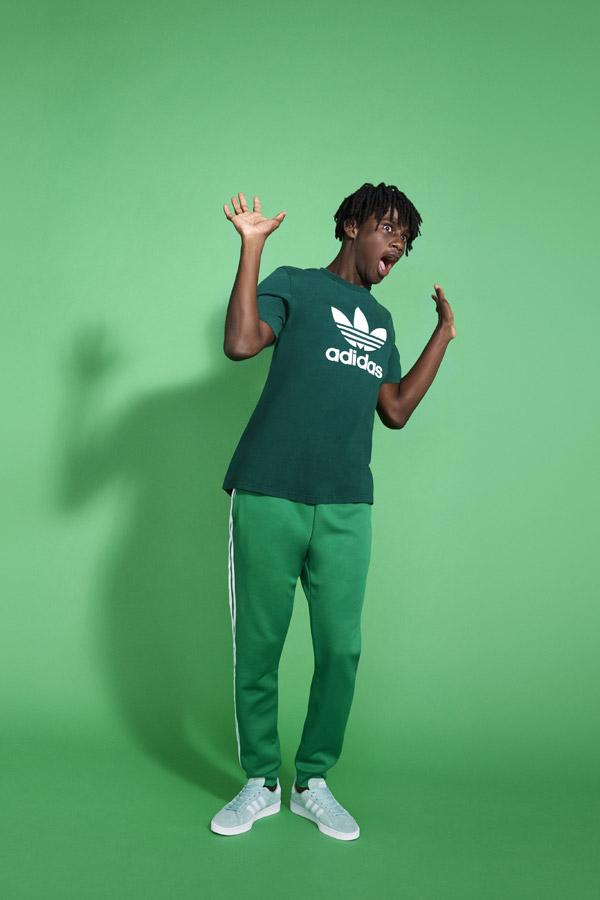 adidas Originals adicolor — pánské zelené tepláky — pánské zelené tričko — zelené tenisky Campus — sportovní oblečení — jaro/léto 2018 — spring/summer — sportswear