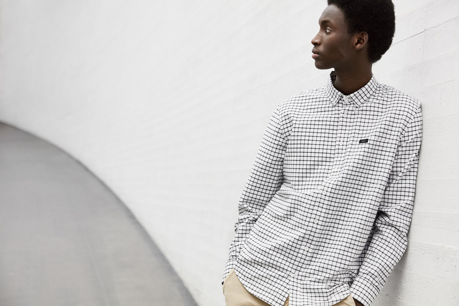 Makia — pánská bílá kostkovaná košile s dlouhým rukávem — jaro 2018 — pánské oblečení