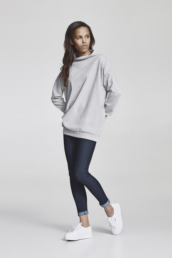 Makia — dámská dlouhá mikina bez kapuce — šedá, melírovaná — jaro 2018 — dámské oblečení