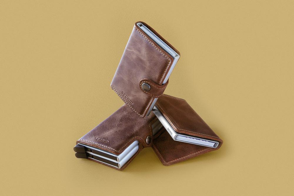 Secrid — bezpečnostní kožené peněženky s ochranou RFID platebních karet — RFID cards safety wallets