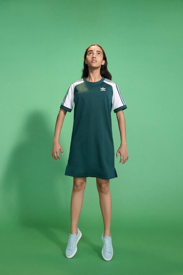 adidas Originals adicolor — dámské sportovní zelené šaty — sportovní oblečení — jaro/léto 2018 — spring/summer — sportswear