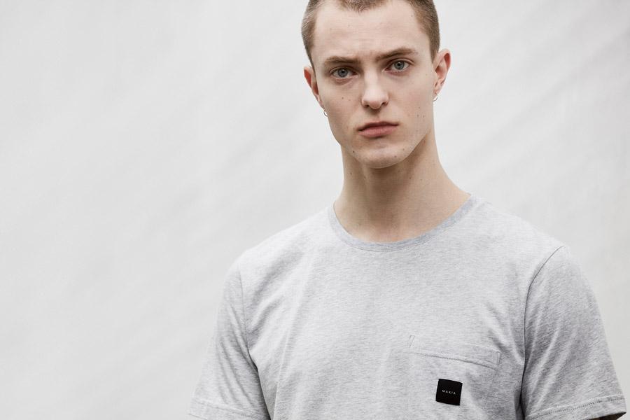 Makia — pánské šedé melírové tričko — jaro 2018 — pánské oblečení