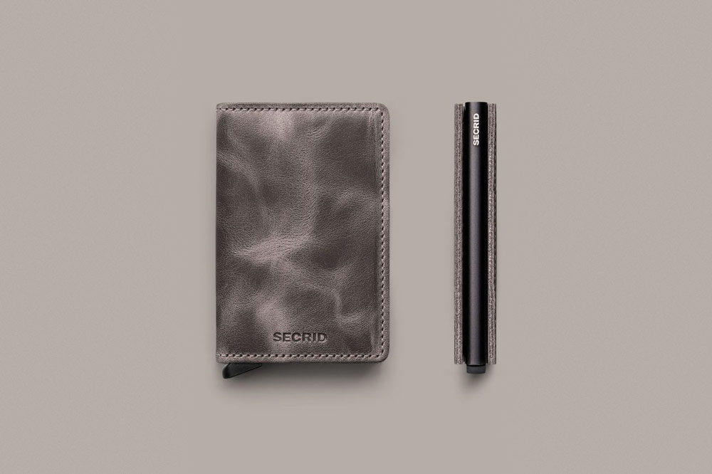 Secrid — bezpečnostní kožená peněženka s ochranou RFID platebních karet — šedá — pánská, dámská — RFID cards safety wallet