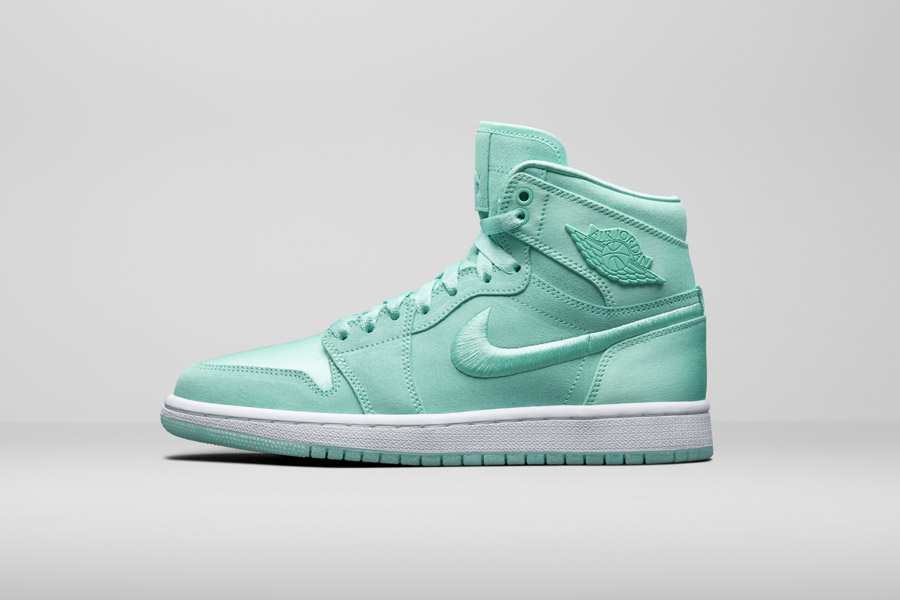 Nike Air Jordan 1 Retro High — kotníkové boty — dámské tenisky — zelené — women's sneakers — green
