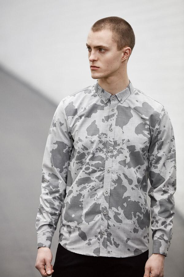 Makia — pánská šedá maskáčová košile s dlouhým rukávem — jaro 2018 — pánské oblečení