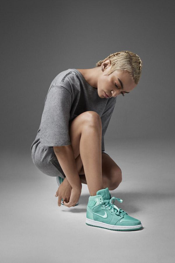 Nike Air Jordan 1 Retro High — dámské kotníkové boty — tenisky — zelené — women's sneakers — green