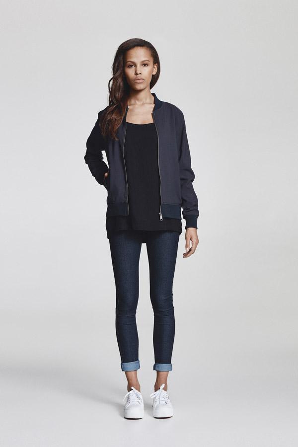 Makia — dámská bunda do pasu bez kapuce — tmavě modrá — jaro 2018 — dámské oblečení