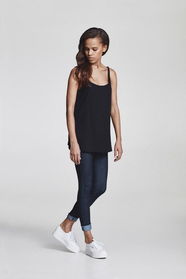 Makia — dámské černé tílko — jaro 2018 — dámské oblečení