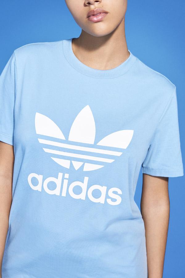 adidas Originals adicolor — dámské světle modré tričko — women's light blue t-shirt — sportovní oblečení — jaro/léto 2018 — spring/summer — sportswear