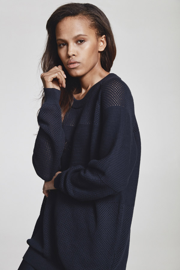 Makia — dámská průsvitná mikina — tmavě modrá — jaro 2018 — dámské oblečení