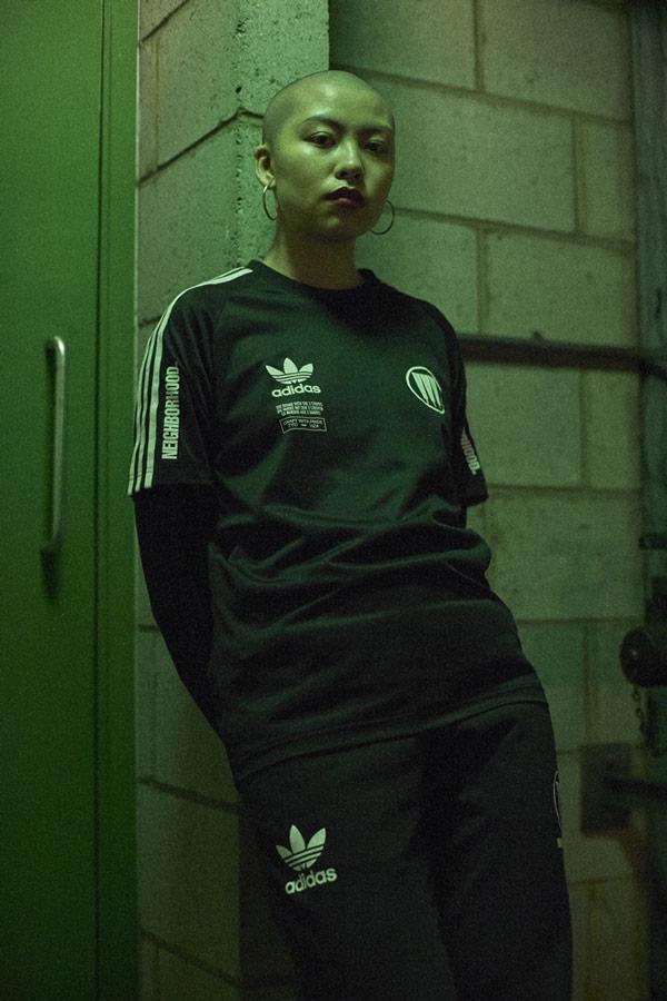 adidas Originals x Neighborhood — sportovní oblečení — Game — černé sportovní tričko s potiskem — pánské, dámské — black T-shirt