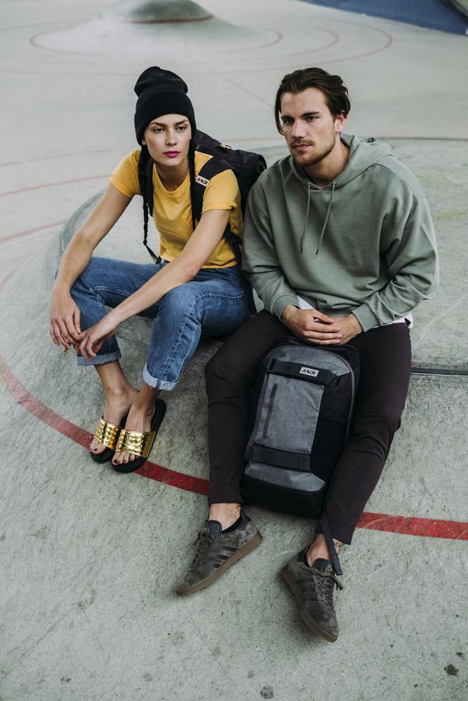 Aevor — Bookpack — šedý batoh recyklovaný z PET lahví — sustainable backpack — jaro/léto 2018