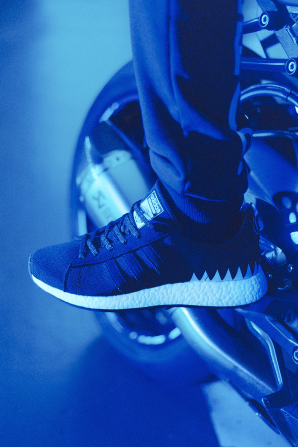 adidas Originals x Neighborhood — sportovní oblečení — Chop Shop — černé boty — tenisky — pánské, dámské — black sneakers, shoes
