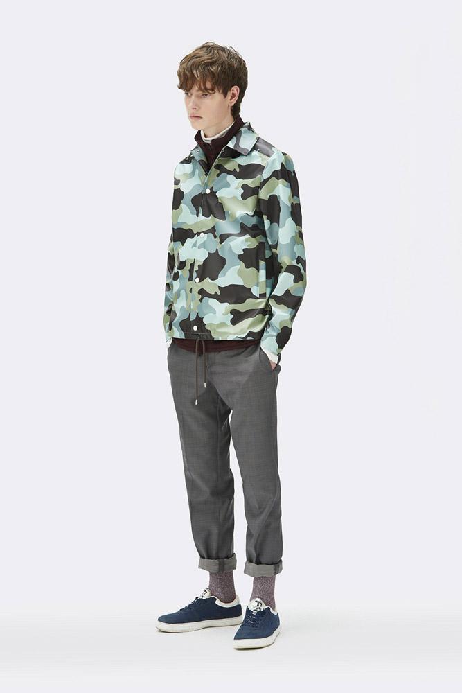 Rains — krátká nepromokavá maskáčová bunda bez kapuce — pánská — zelená, modrá — rain jacket, camo — jaro/léto 2018