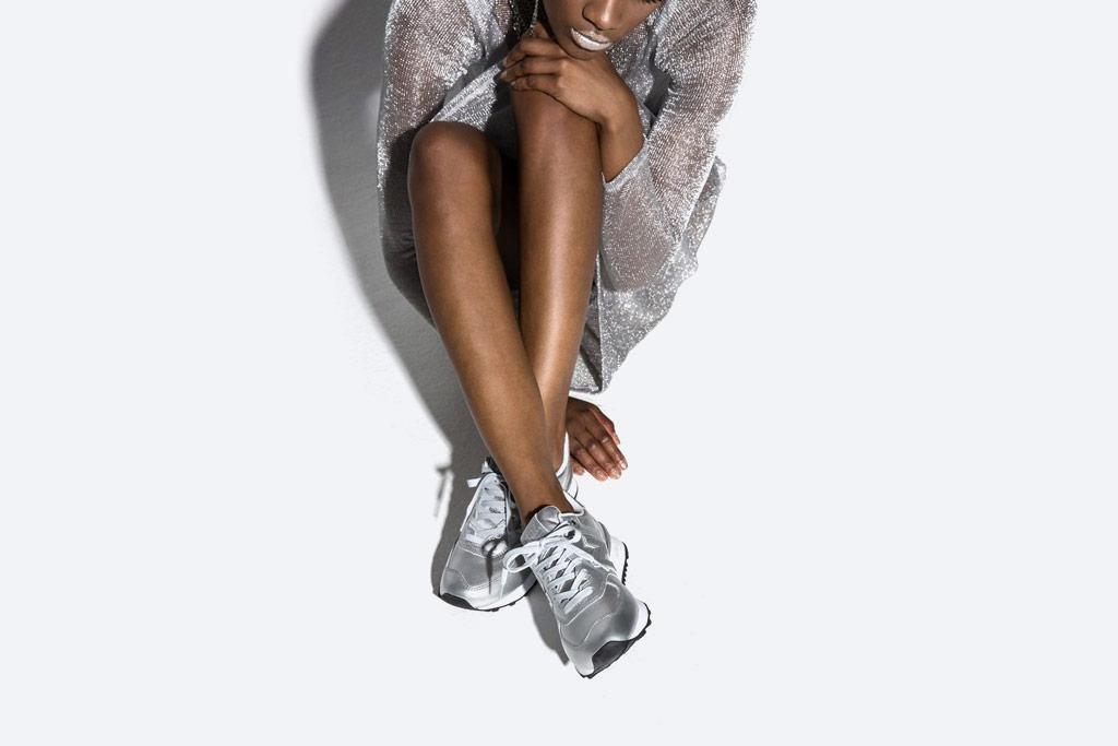 New Balance 574 — dámské metalické boty — tenisky s třpytkami — stříbrné — Glitter Pack — women's silver metallic sneakers — Glitter Pack