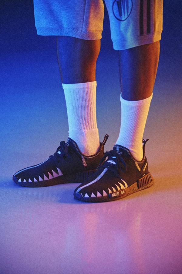 adidas Originals x Neighborhood — sportovní oblečení — NMD_R1_PK — černé boty — tenisky — pánské, dámské — black sneakers, shoes
