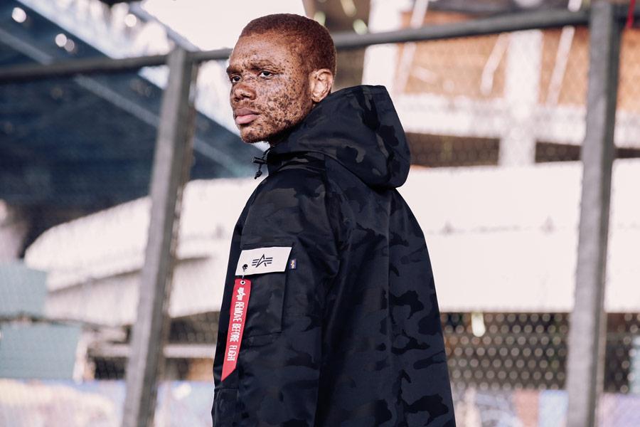 Alpha Industries — pánská bunda s kapucí — maskáčová — černá — men's jacket — jaro/léto 2018