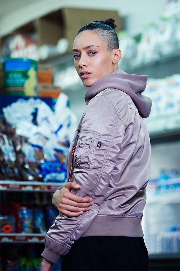 Alpha Industries — dámský růžový bomber s kapucí — bunda do pasu — women's pink bomber jacket — jaro/léto 2018