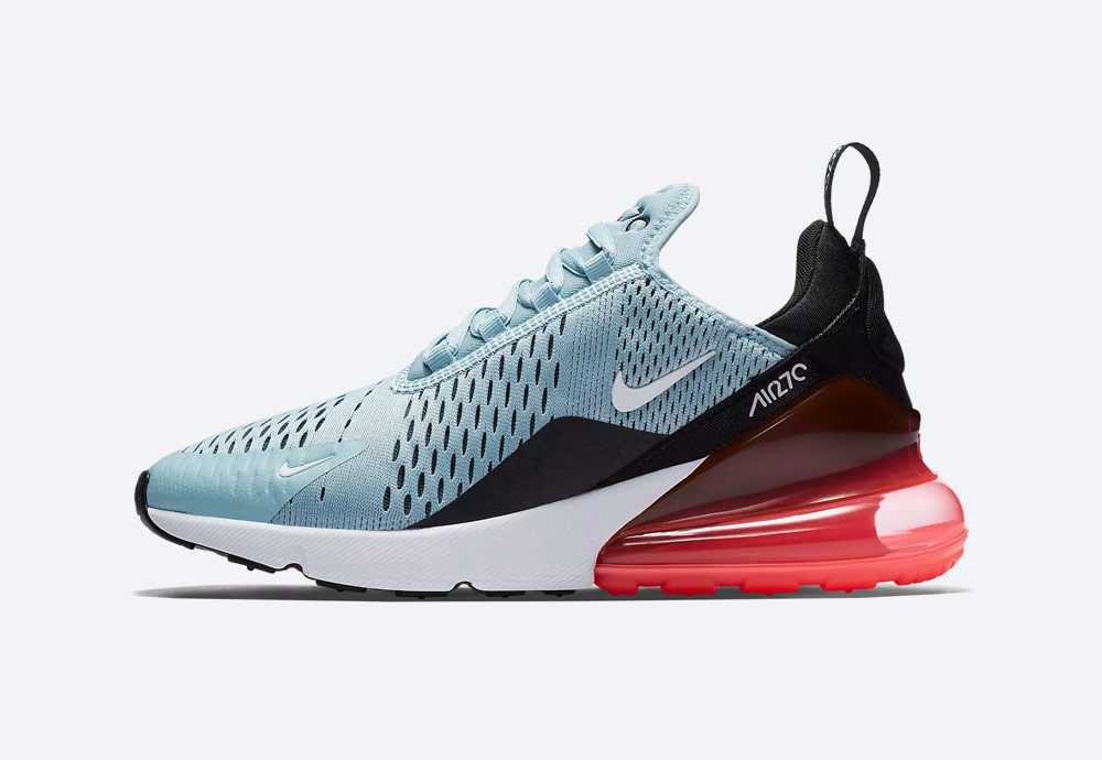 Nike Air Max 270 — boty — tenisky — dámské — Airmaxy — světle modré — women's sneakers — light blue