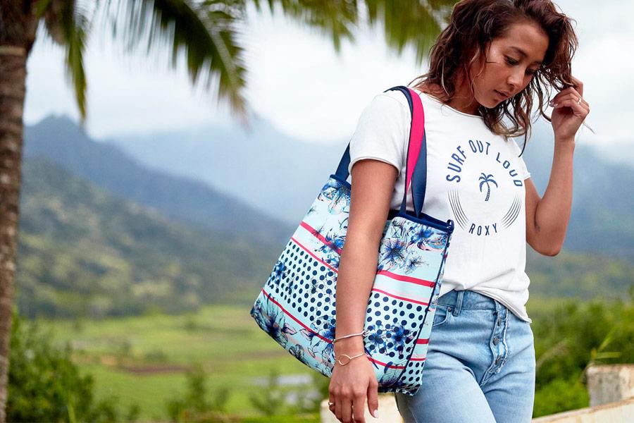 Roxy — Pop Surf — dámské tričko — bílé — plážová taška, kabelka — swimwear