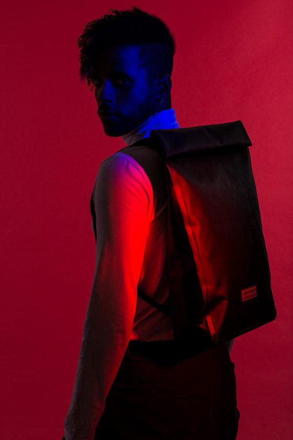 Ucon Acrobatics — černý batoh — Alan Backpack — nepromokavý — waterproof, vegan, sustainable, urban — jaro/léto 2018
