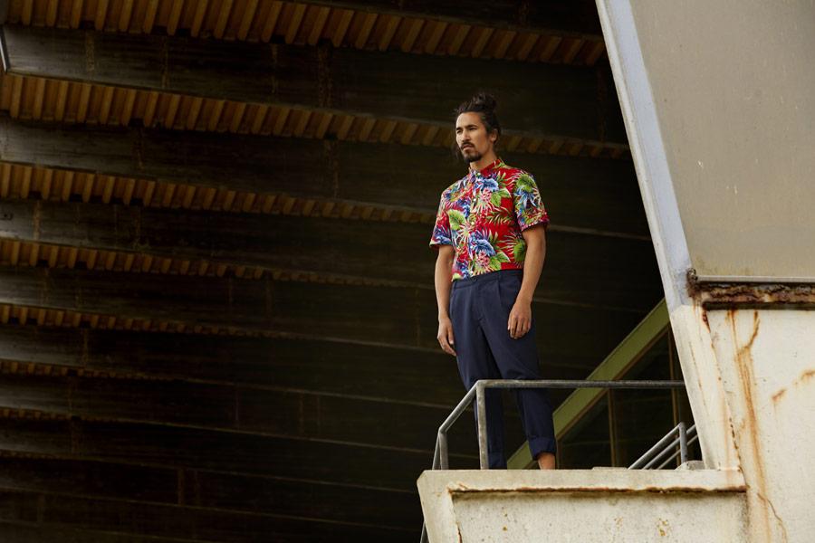 RVLT — pánská barevná letní košile s krátkým rukávem — modré kalhoty — jarní/letní oblečení — pánská móda — Revolution